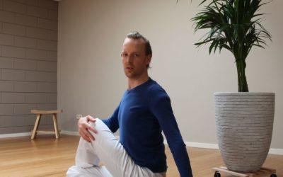 Portret van een huurder, yogi Thijs Punt